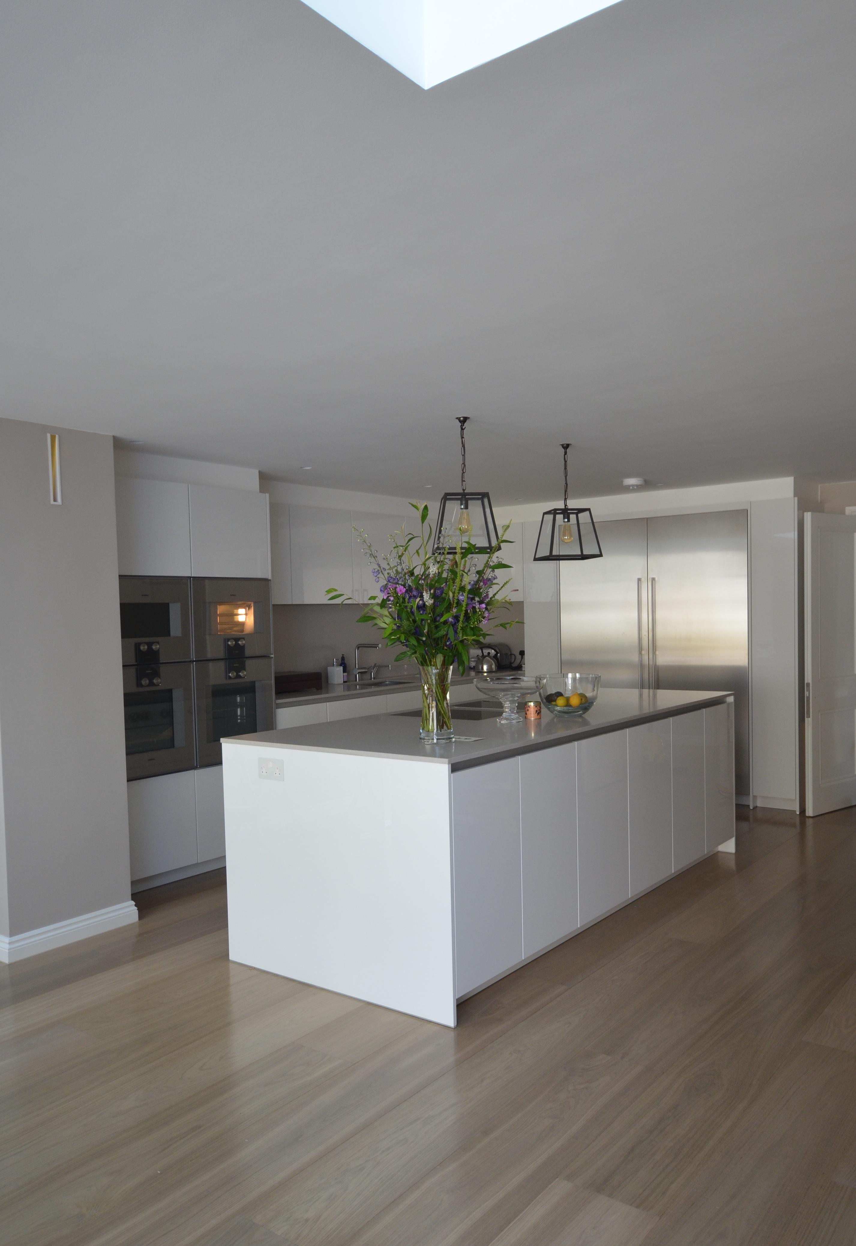 W8 Sheen Kitchen Design